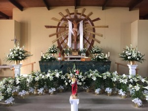Holy Thursday and Easter Decorations